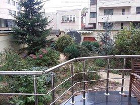 Casa de vânzare sau de închiriat 8 camere, în Bucuresti, zona Dorobanti