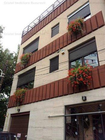 Casa Vila 10 camere Baba Novac - imaginea 1