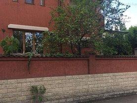 Casa de vânzare sau de închiriat 6 camere, în Bucureşti, zona Cotroceni