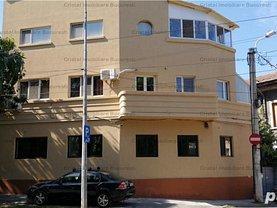 Casa de închiriat 4 camere, în Bucureşti, zona Central