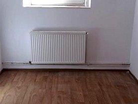 Apartament de închiriat 5 camere, în Braşov, zona Blumăna