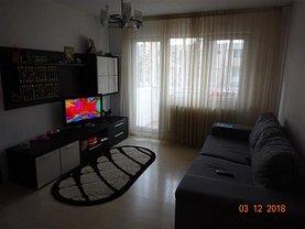 Apartament de vânzare 3 camere, în Brasov, zona Gemenii