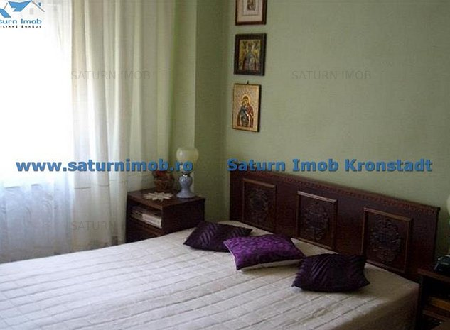 Vanzare Apartament 4 camere semidecomandat zona Centrul Civic - imaginea 1