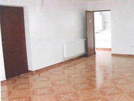 Casa de închiriat 5 camere, în Brasov, zona Judetean