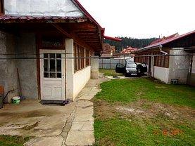 Casa de vânzare 4 camere, în Cristian, zona Central