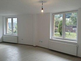 Casa de vânzare 3 camere, în Brasov, zona Racadau