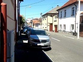 Casa de vânzare 4 camere, în Brasov, zona Blumana
