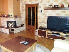Casa de închiriat 5 camere, în Halchiu, zona Central