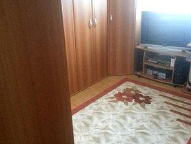 Casa de vânzare 3 camere, în Brasov, zona Florilor