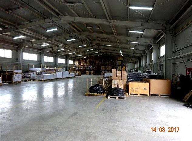 Vanzare  teren cu spatii de depozitare, productie si birouri in Brasov - imaginea 1