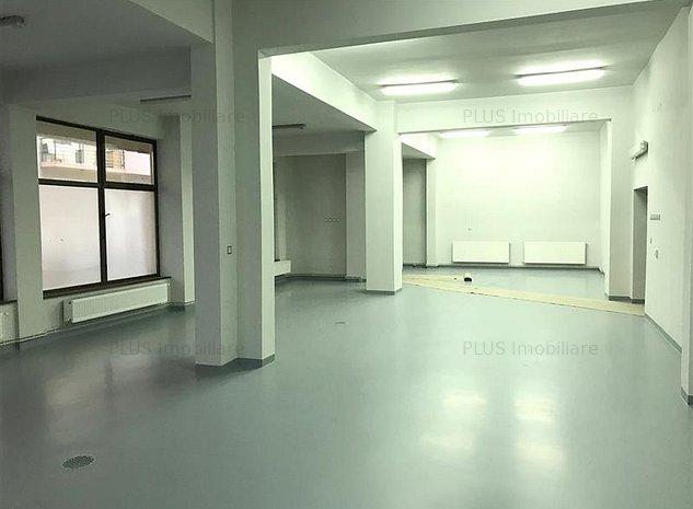Spatiu comercial 285 mp renovat, 2 intrari, zona intens circulata - imaginea 1
