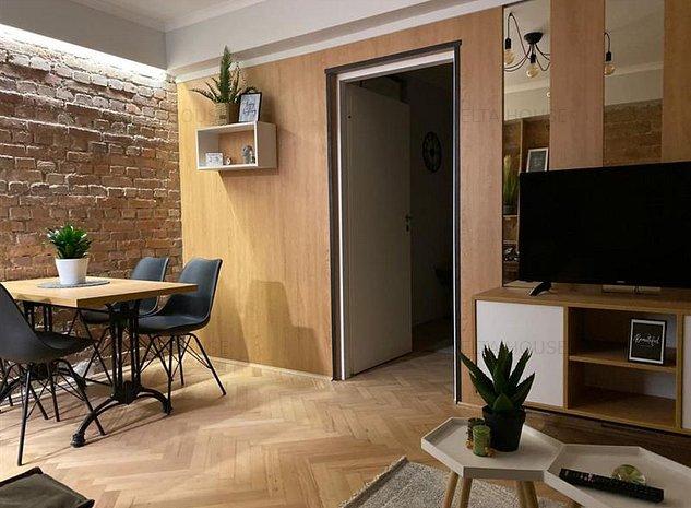 Apartament de lux situat Ultracentral, design deosebit, ideal investitie - imaginea 1