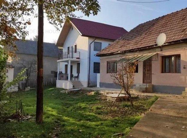 Doua case in aceeasi curte in Dambul Rotund, ideale pentru o familie - imaginea 1