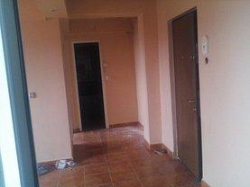 Apartament de vânzare 2 camere, în Pitesti, zona Tudor Vladimirescu