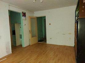 Apartament de vânzare 2 camere, în Târgovişte, zona Micro 9