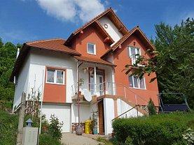 Casa de vânzare 4 camere, în Budeasa Mare