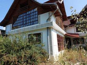 Casa de vânzare 7 camere, în Topliţa