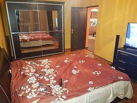Apartament de închiriat 3 camere în Pitesti, Fratii Golesti
