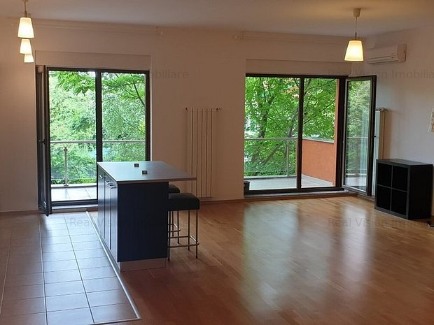 Iancu Nicolae, Apartament spatios cu 2 camere - imaginea 1