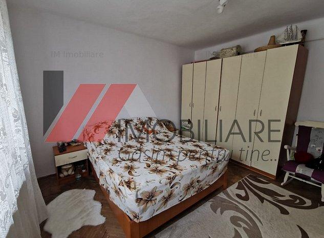 Casa de vânzare 5 camere - imaginea 1
