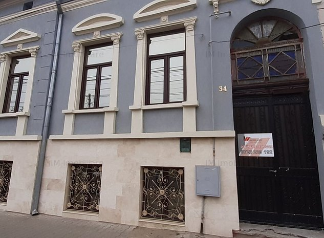 Balcescu - Casa de 173mp utili cu teren de 229mp - imaginea 1