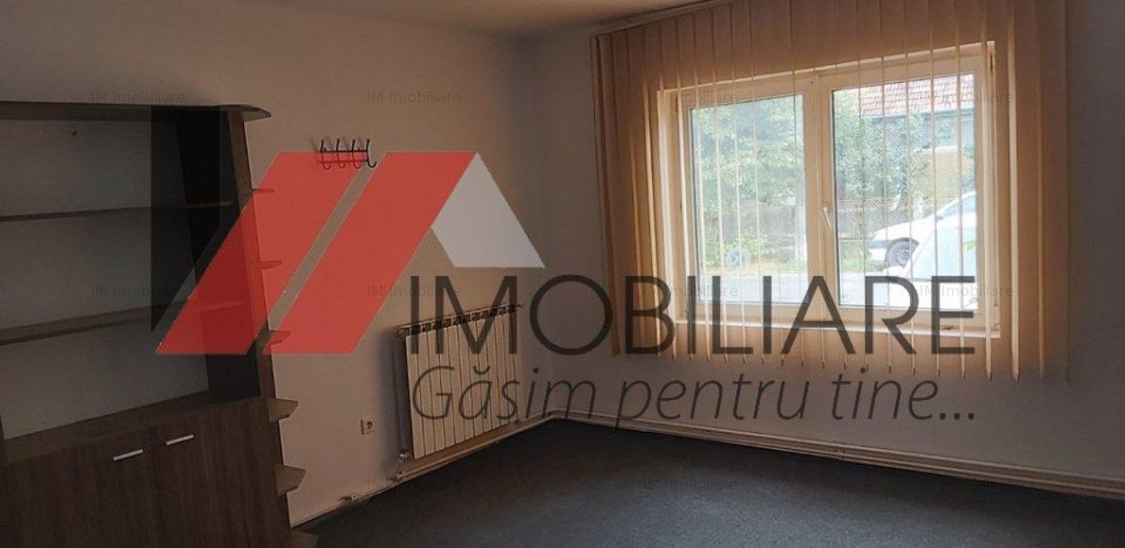 Ronat - casa caramida - 9 camere - teren 950 mp - investitie - imaginea 1
