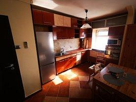Apartament de închiriat 4 camere în Iasi, Ultracentral
