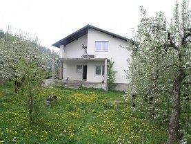 Casa de vânzare 4 camere, în Voinesti