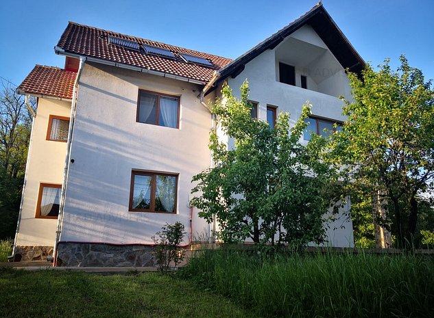 Casa de vacanta la munte superba in Slanic / Campulung - imaginea 1