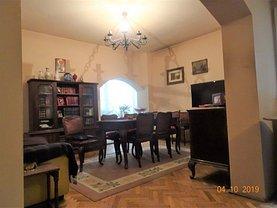 Apartament de vânzare 5 camere, în Bucureşti, zona Ştefan cel Mare