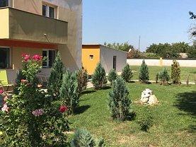 Casa de vânzare 12 camere, în Frumuşani