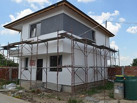 Casa de vânzare 4 camere, în Bragadiru, zona Central