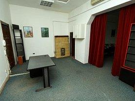 Apartament de închiriat 4 camere, în Bucuresti, zona Mosilor