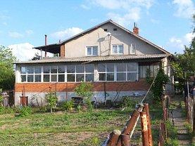Casa de vânzare 6 camere, în Ghimpaţi, zona Central