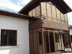 Casa de vânzare 8 camere, în Racari, zona Central