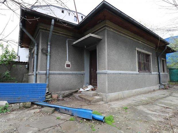 Casa 2Cam+Hol+Baie+Bucatarie Curte Toate: Imaginea 1