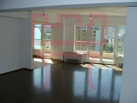 Apartament de vânzare 5 camere, în Cluj-Napoca, zona Plopilor