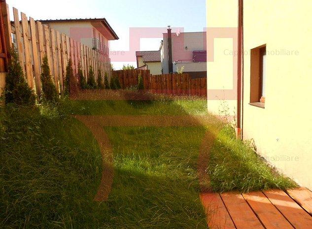 De inchiriat casa cu 10 camere pe strada Campului- functiuni multiple - imaginea 1