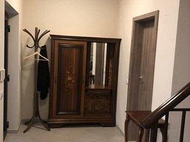 Casa de închiriat 4 camere, în Giroc