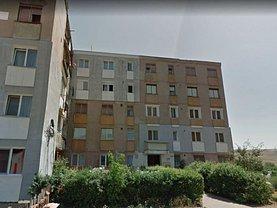 Apartament de vânzare 3 camere în Hunedoara, Periferie