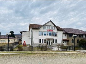 Casa de vânzare 7 camere, în Titireci