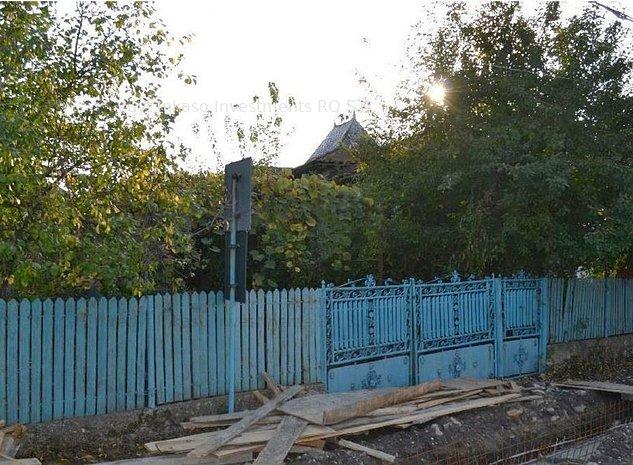 Teren + Casa 32 mp,Lucieni -  - imaginea 1