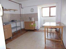 Apartament de închiriat 4 camere în Targoviste, Micro 3