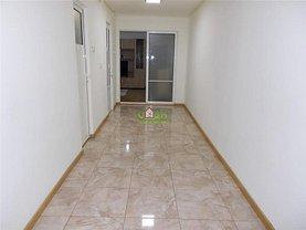 Apartament de vânzare 3 camere în Targoviste, Central