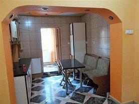 Apartament de închiriat 4 camere, în Targoviste, zona Micro 12