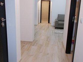 Apartament de vânzare 3 camere, în Târgovişte, zona Micro 9