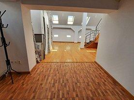 Apartament de închiriat 4 camere, în Târgovişte, zona Micro 10