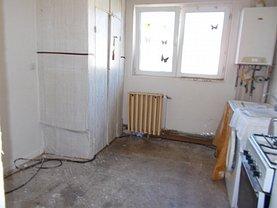 Apartament de vânzare 2 camere, în Târgovişte, zona Micro 4