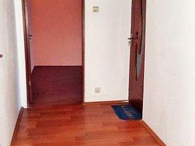 Apartament de vânzare 2 camere, în Târgovişte, zona Micro 5