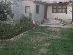 Casa de vânzare 3 camere, în Voinesti, zona Central